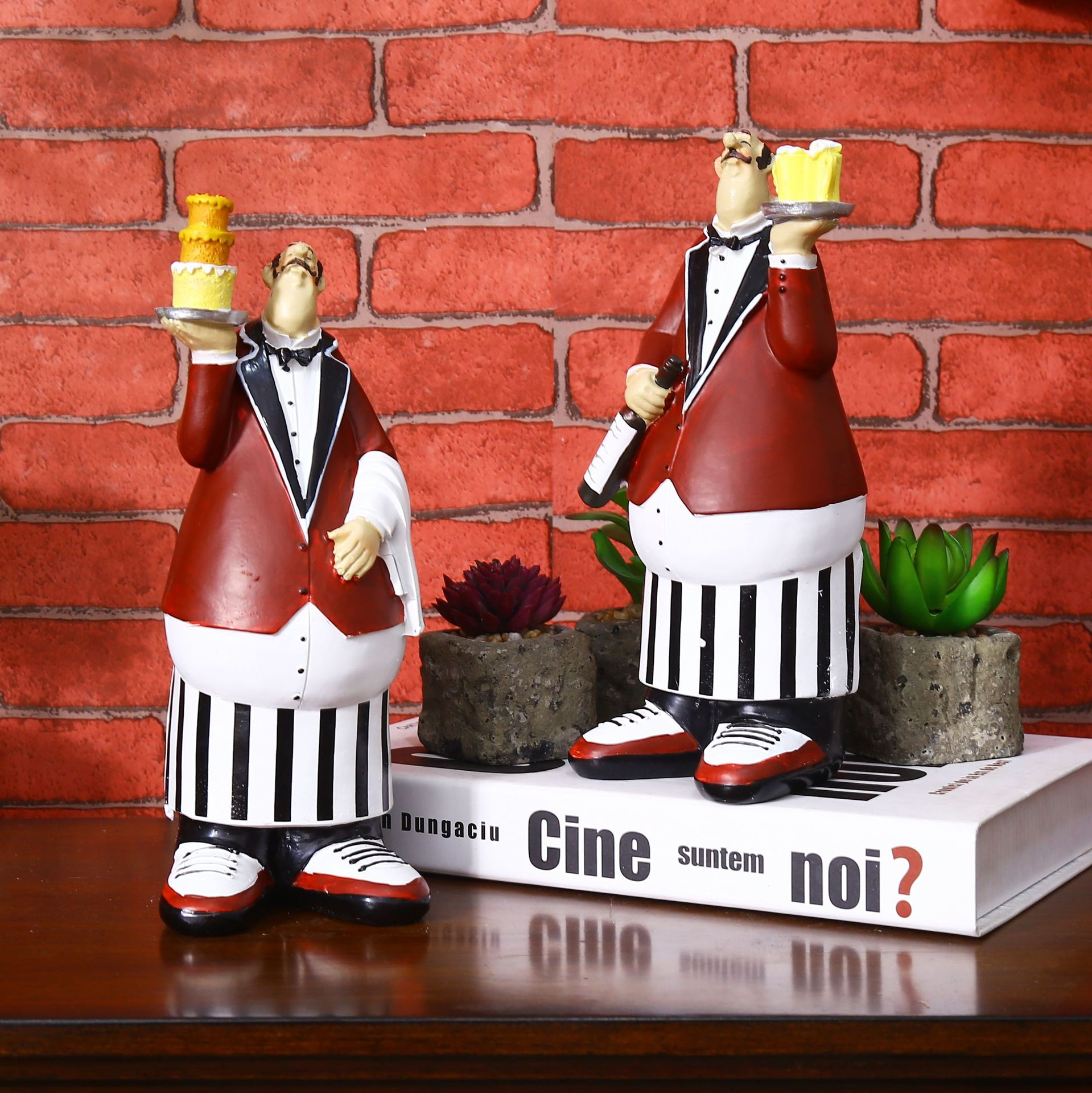 Decoration Pieces For Kitchen: Patisserie Chef Model Crafts Decorative Home Decor