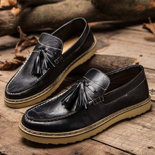 New Retro Style Men's Slip On Flats Tassels Designer Shallow Mouth Leather Shoes Male Brown Men Sewing Oxfords Chaussure Homme