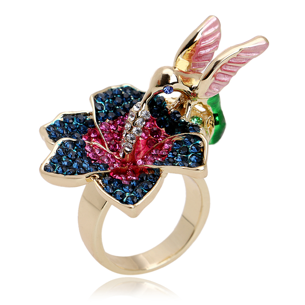 Latest Gold Ring Tanishq Crystal Pigeon Chip Rings Design For ...