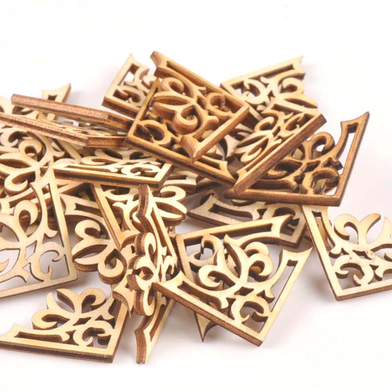 25pcs Wooden Ornament Book Corner Protector DIY Crafts Home Decoration Box Book Scrapbook Album Corner Wood Slices 27x27mm M1798