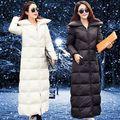 Italia Moda de lujo Desgaste de la Nieve 2015 Mujeres Del Invierno Abajo Cubren Largo de pluma de Ganso Parkas Gruesa Caliente Negro Blanco prendas de Vestir Exteriores de la chaqueta