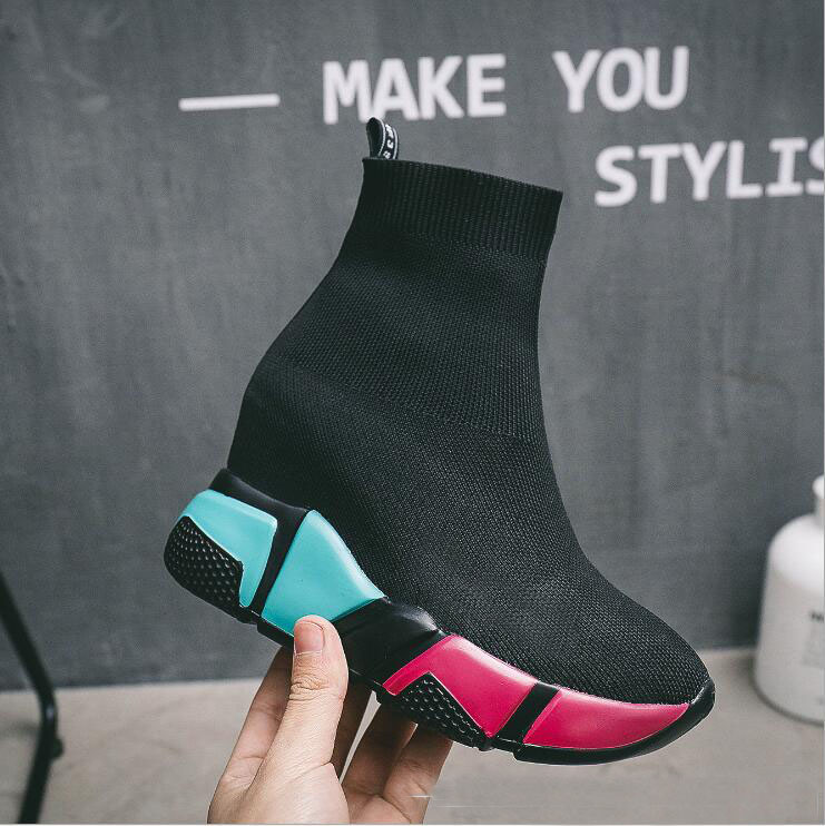 High-Quality Walking Shoes And Padded Sneakers Ins The Hottest Shoes Street Models Socks Shoes Women's Knit Boots WK01 high quality walking shoes thick crust sneakers female ins the hottest shoes 2018 new small white women s sport shoes wk46