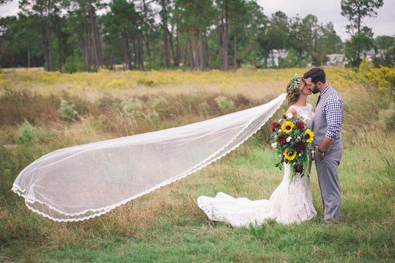 Stunning High Quality Wedding Accessories 2019 Appliques Tulle Long Cathedral Wedding Veil Edge Bridal Veils veu de noiva longo
