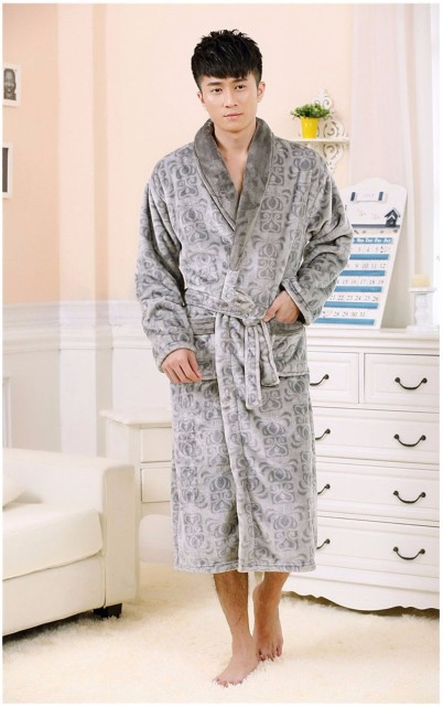 2017 Autumn Men's Sleepwear Flannel Male Emboss Solid Bath Robes Gentle Classic Long Home Casual Nightgowns