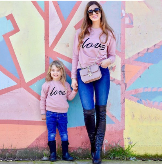 Pink Love Household Matching Sweaters Mom and Daughter Garments Matching Outfits Child Garments Matching Household Outfits, Low-cost Matching Household Outfits, Pink Love Household Matching Sweaters Mom and Daughter Garments...