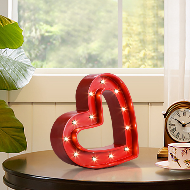 Loft Wind Red Love Table Lamps Restaurant Bar Clothing Decoration Led Resin Iron