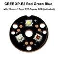T ripleเหยียบXP-E2สีแดงสีเขียวสีน้ำเงินสีLED Emitterกับ20มิลลิเมตรx 1.5มิลลิเมตรDTPทองแดงPCB (แต่ละ) w/เลนส์