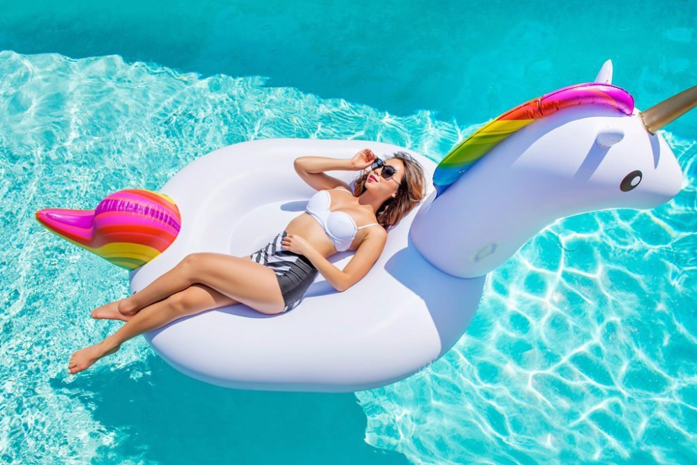 Giant Inflatable Unicorn Pool Floats 2017 Newst 78 Swimming Ring For Adult Children Water Holiday Party Pool Float Toys Unicorn