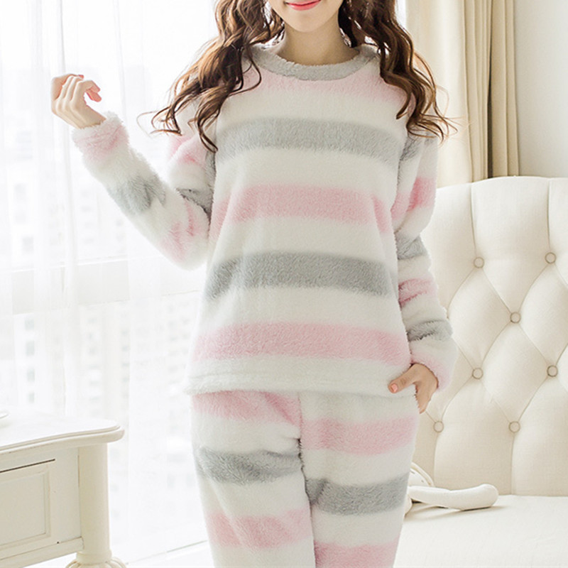 New Women Velvet Pajamas Sets Winter Warm Long Sleeve Thick Striped Cute Sleepwear Girls pijamas Mujer Soft Leisure Home Clothes Пижама