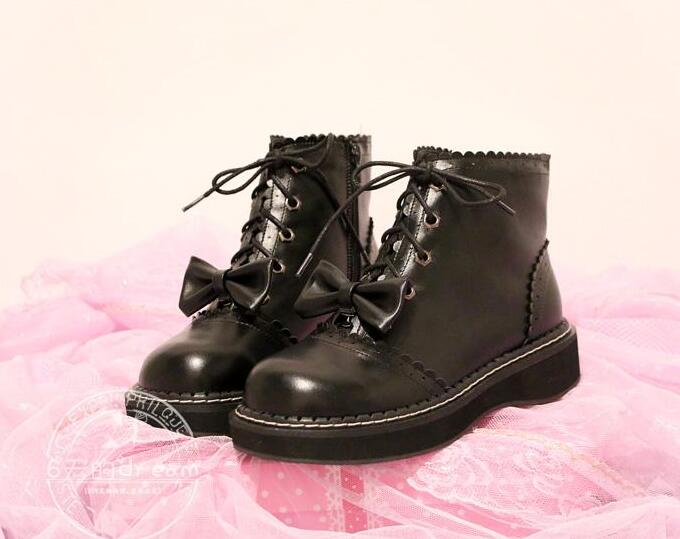 Women Inside Fleeced Lolita Boots Lace Up PU Leather Black Boots New 2017 Ladies Boots With Platform Free Shipping princess lolita punk shoes loliloli yoyo japanese design custom large size black lace with pu lace up short boots 1423 a