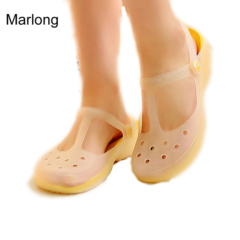 2017 New Style Fashion Woman Summer Change Color Sandals crocs Hollow Beach Shoes Leisure Girls Jelly Female Garden Shoes Gift