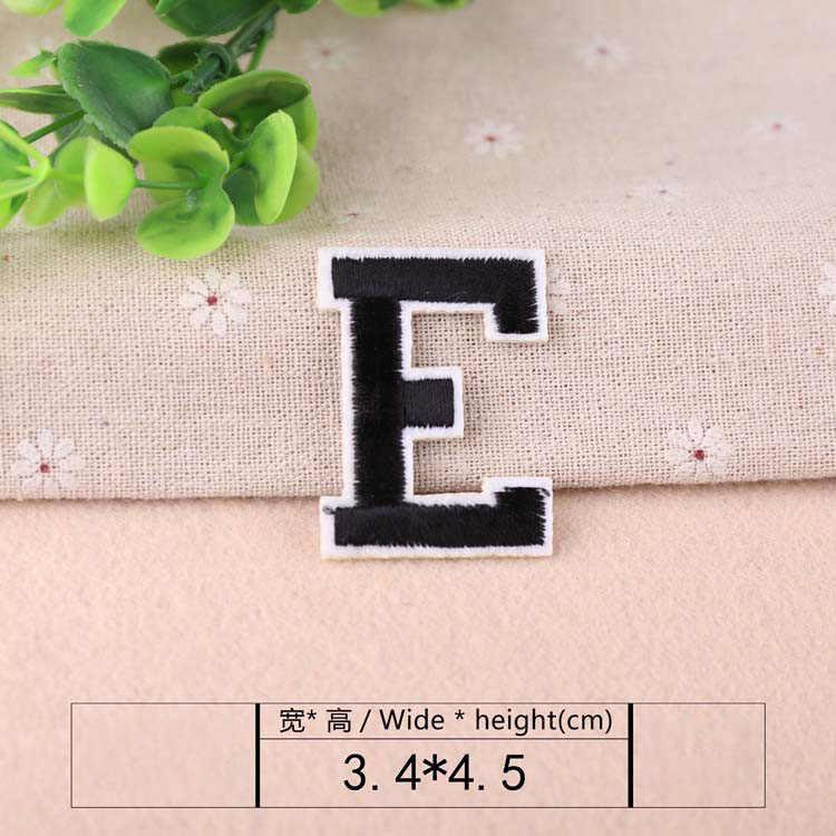 Nero Lettera Del Ricamo Patch di Calore Trasferimenti Iron On Sew On Toppe e Stemmi per il FAI DA TE T-Shirt Vestiti Adesivi Decorativi Appliques 47247