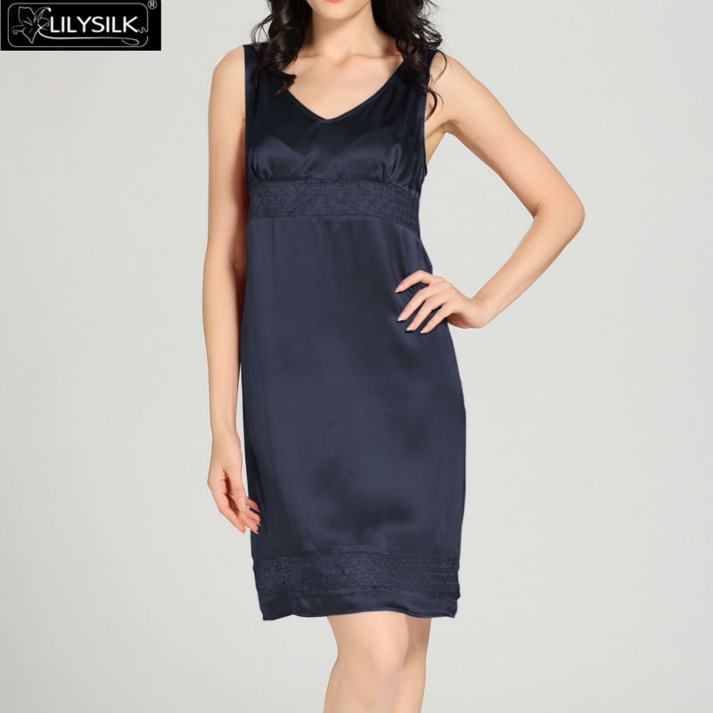 1000-navy-blue-22-momme-luxury-lacey-silk-nightgown--dressing-gown-set-01