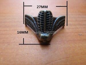 Image 1 - 27*16mm Antika mobilya ayakları Mücevher Kutusu Şasi Hazine taban Dört köşe dekoratif ayaklar