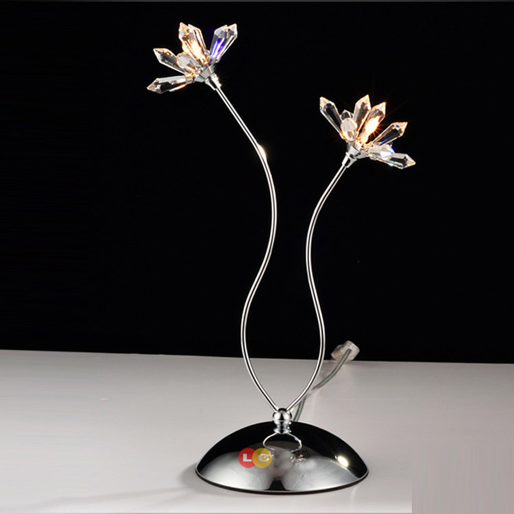 Tiny Modern 2 x Crystal Petals Bedroom Bedsides Table Lights Living Room Chrome exquisite Crystal Flowers Desk lighting Fixtures small size modern bedroom bedsides crystal table lights chrome base square crystal tiny size study room desk lighting fixtures