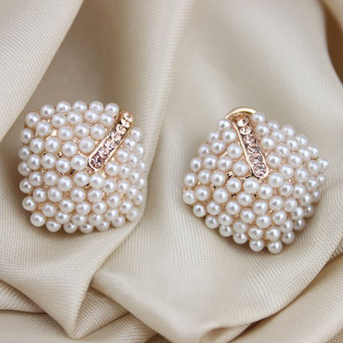New Fashion Jewelry Crystal Rhinestone Pearl Stud Earrings For Women Vintage Earrings Gifts For Women Lady Girls Wholesale 4g