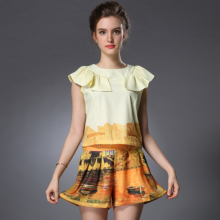 2015 new summer style two-piece suit European Pattern print Ruffles Short sleeve women shorts and top casual clothing set OM328