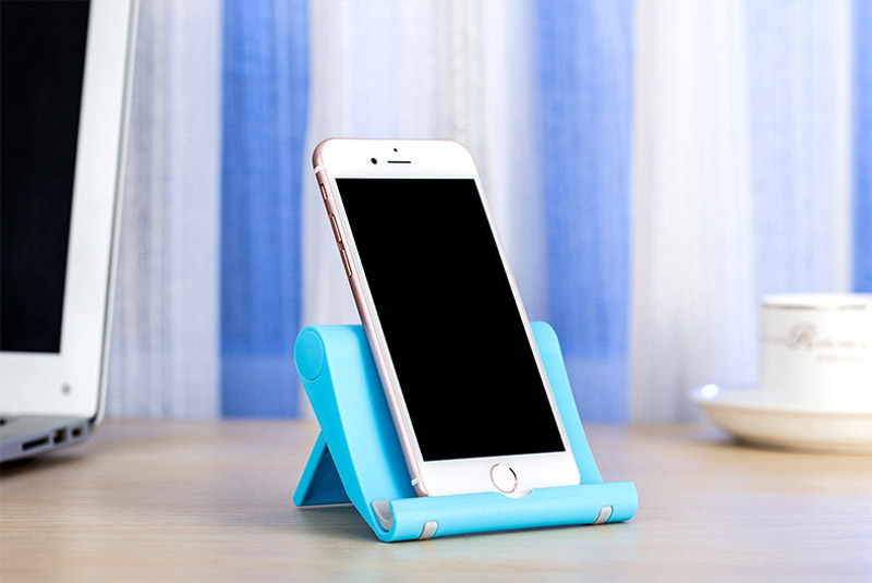 CELL PHONE STANDS (4)
