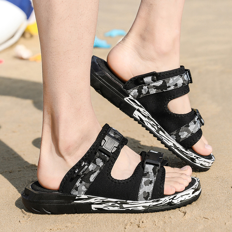 Брендовые летние туфли из натуральной кожи мягкий мужской Босоножки для Для мужчин дышащие легкие пляжные качество Прогулки Сандалии 2018