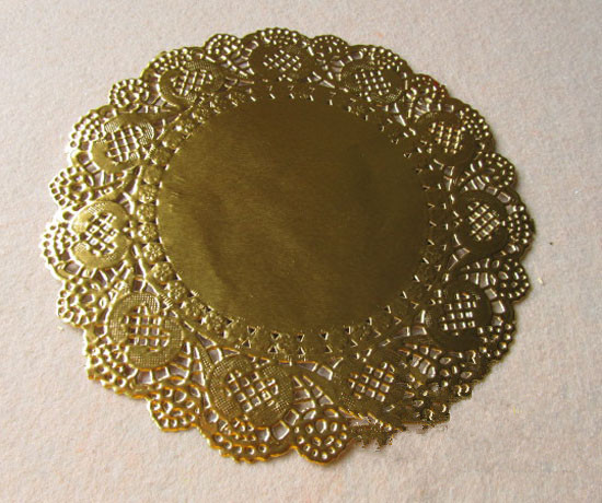 6.5 inch Gold Round Lace Paper Doilies Hollowed Doyley Mat Craft Scrapbooking Wedding Decoration Vintage Placemat