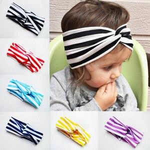 Gran oferta de diadema a rayas elástica con nudo para niña bebé, ropa para el cabello para niños, diadema cruzada, accesorios para el cabello para bebé