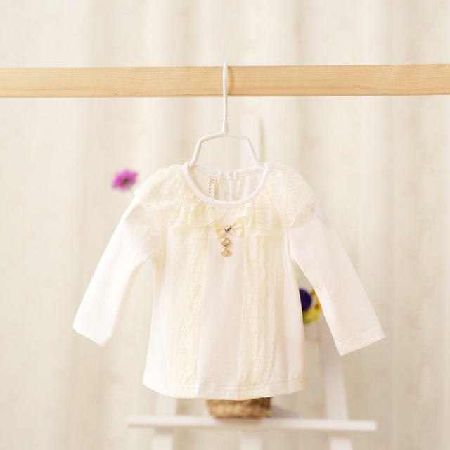 In the spring of 2016 the new baby girl scout's lovely lace bottoming shirt BOW LACE coat color in children  for baby girls