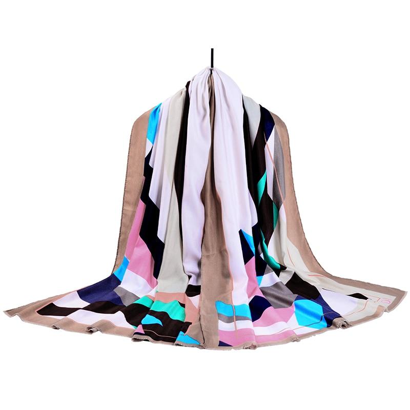 2018 New Winter Scarf Scarf Women Brand Clothing Accessories Printing Lattice Winter Cotton 185cm * 90cm Hijab Echarpe Sf06