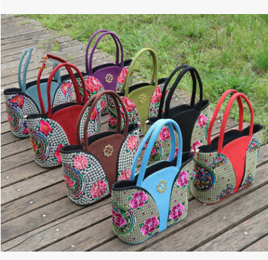 New Multi Floral embroidery bags!Hot All-match Multi-use handbags Top Womens casual embroidered bag Ladys travel shopping bag
