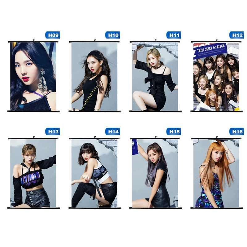 1 قطع عالية الجودة تصاميم مختلفة A4 الملصقات K-POP فتاة مجموعة مرتين صغيرة شنقا التمرير اللوحة القرطاسية امدادات
