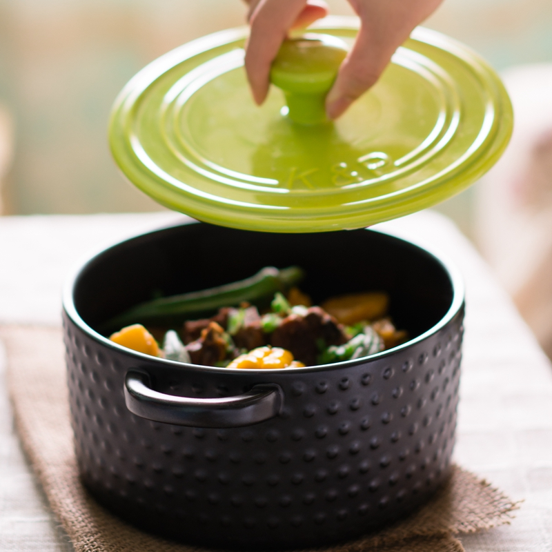 high quaity 2L color ceramic casseroles with pot cover microwave oven safe direct fire