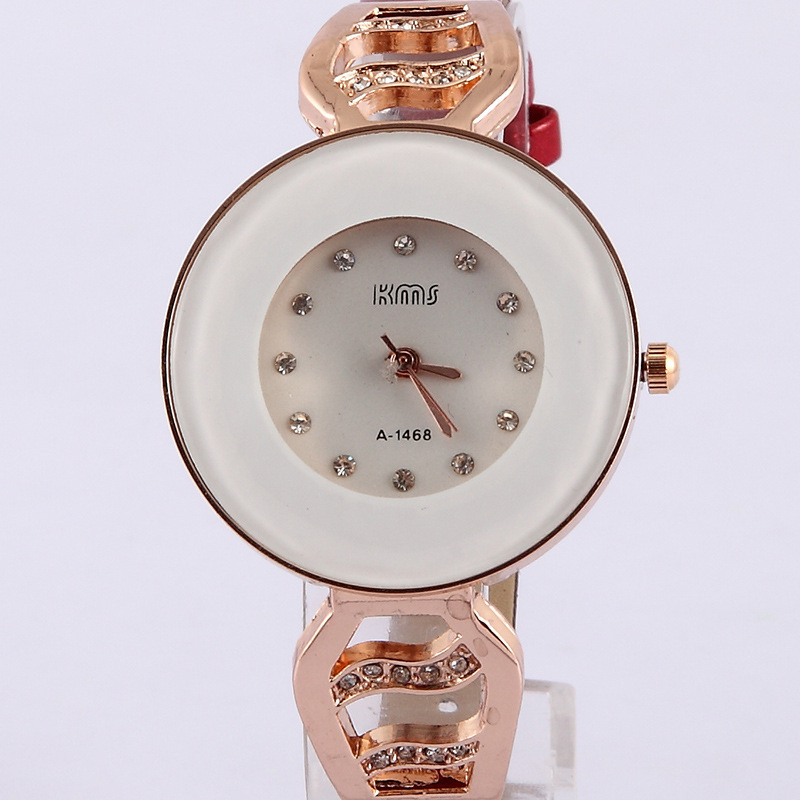 Hot Hot Sale Best Gift Lady Geneva Women Quartz Watch 6 Colors Geneva Leather Band Wristwatches For Women Timer