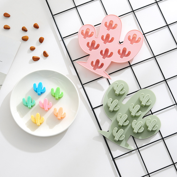 16 Female Cat Head Silicone Chocolate Mold Expression Ice Grid Xg028 In Many Styles Bakeware