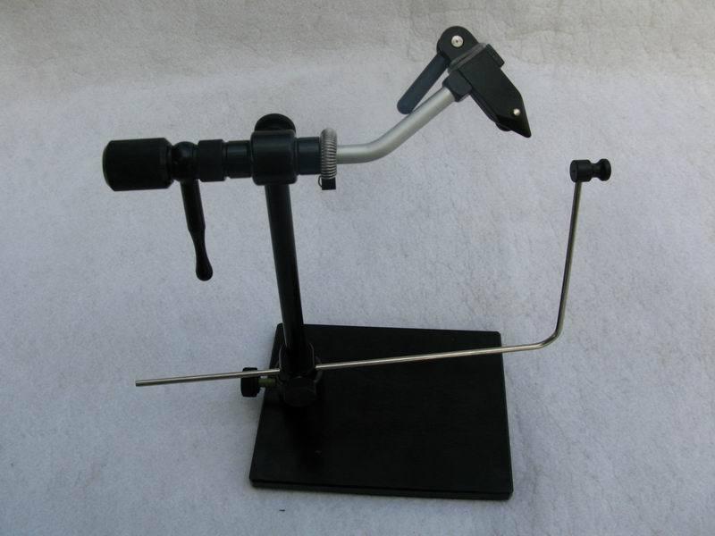 Mors en fer dur rotatif mouche attachant étau accessoire de pêche Fisher gratuit A025
