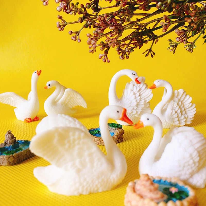 1 pcs/white swan casal/miniaturas/lindo elegante animais/fada do jardim gnome/terrário decoração/ artesanato/figurine/suprimentos diy