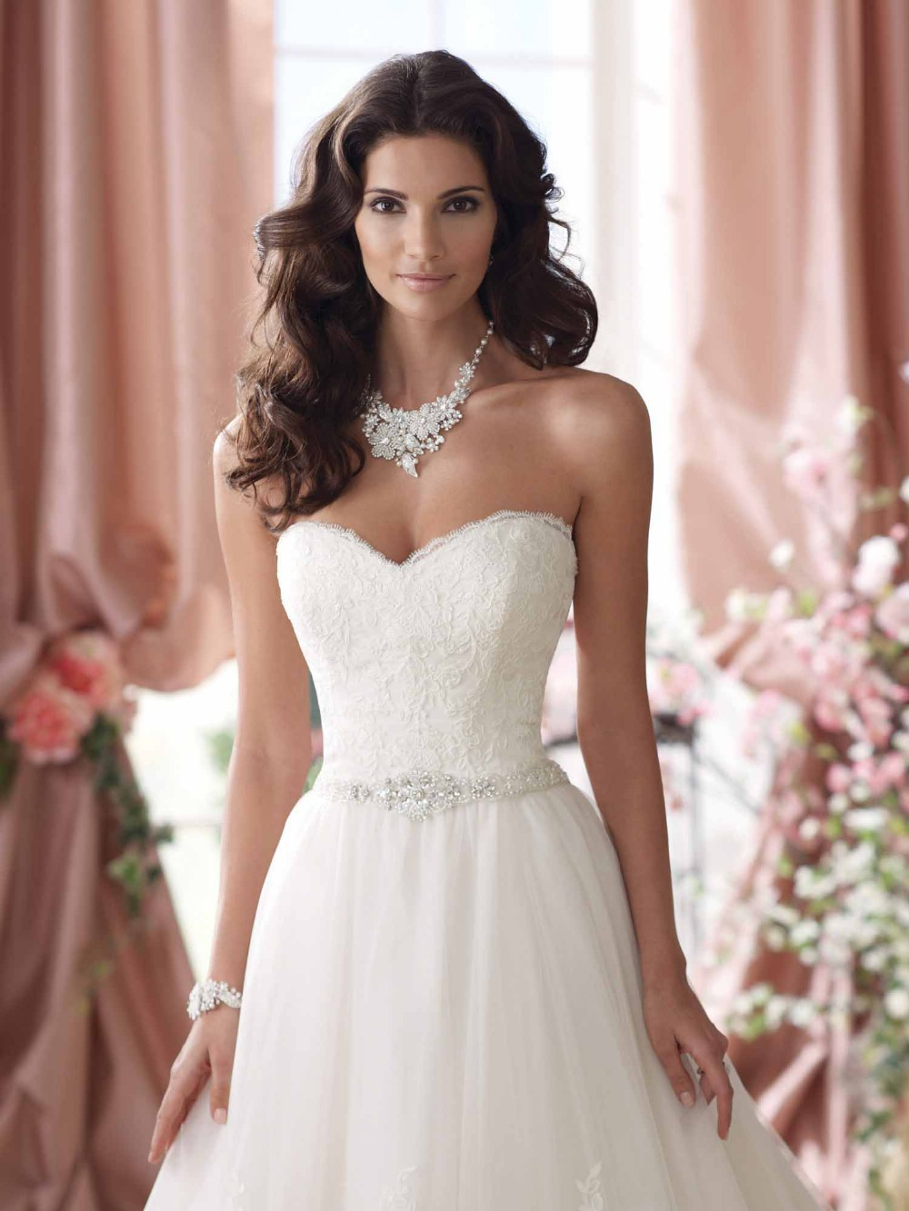will this work with my dress opinions needed lace top wedding dress