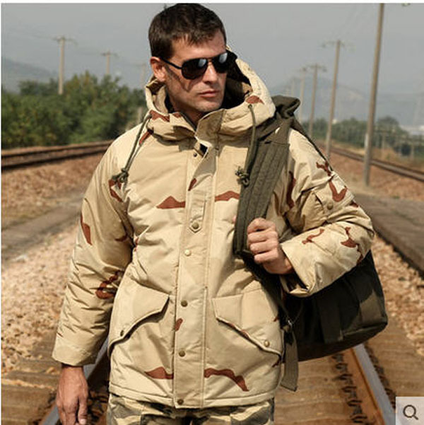 2015 sand camouflage M65 Field cotton-padded coat oversized long windproof jacket male hooded military camouflage jacket H1865