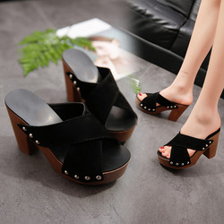 2018 New Women Fashion Shoes Women Cross Strap Chunky Heel Sandal Thick High-Heeled Flip Flop Open Toe Sandal Platform 9