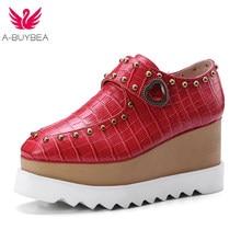 0528c105b A-BUYBEA 2018 Novos sapatos Casuais sapatos de Couro Genuíno Sexy Rebite flatform  sapatos Vaca Sapatos de Couro Altura Do Salto .