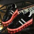 Zapatos 8 Colores de Los Hombres LED Luminoso Led Light UP LED cordones de Los Zapatos zapatos de Los Hombres amantes de La Moda para Adultos