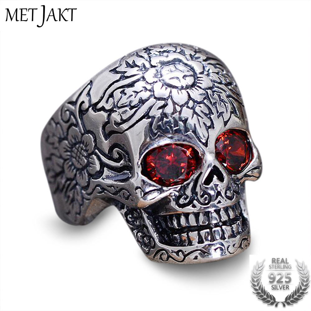 MetJakt 925 Sterling Silver Skull Ring Inlaid Garnet with Pattern for Vintage Punk Rock Thai Silver Heavy Motorcycle Men Jewelry