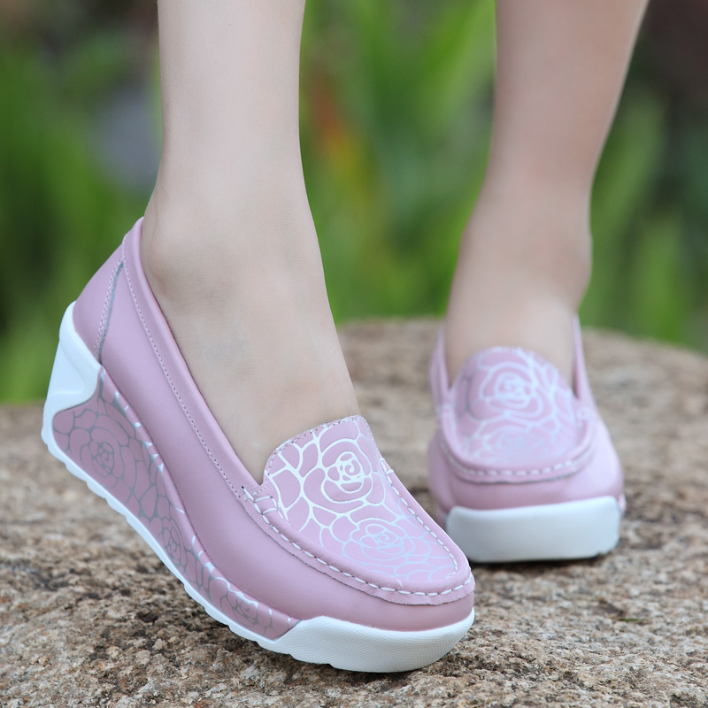 Woman Shoe Genuine Leather Hollow Out Swing Shoes White Nurse Shoes Wedges Army Green Mother Shoes