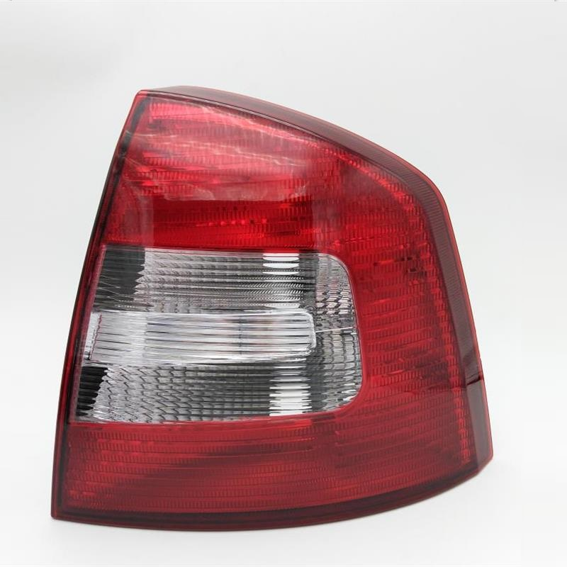 Right Side Real Light For SKODA Octavia A5 A6 RS 2009 2010 2011 2012 2013 Car-styling New Car Rear Lights Tail Light car rear trunk security shield shade cargo cover for nissan qashqai 2008 2009 2010 2011 2012 2013 black beige