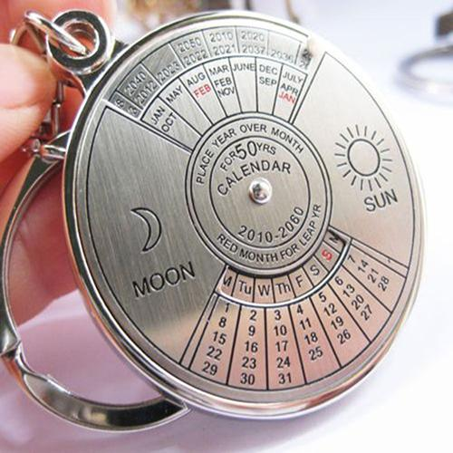 50 Years Car Keychain Perpetual Calendar Keyring Keychain Silver Alloy Key Chain Ring Keyfob Key Chain автомагнит Car Accessorie