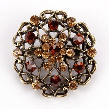 Retro Styled Flower Shaped Brooches for Women