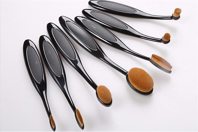 Oval Makeup Brush Set (13)