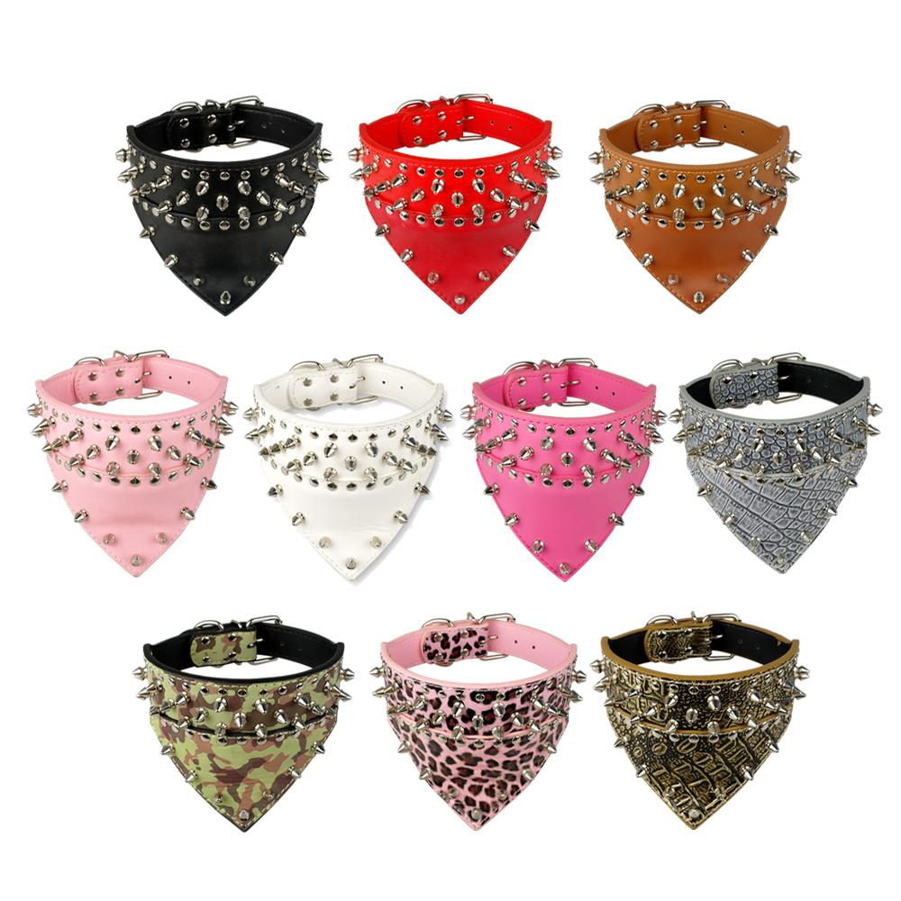 Ny Design SpikeD Studded Dog Collar PU Læder Pet Collar Med Bandana Halsstørrelse til 15-24 for S / M / L Racer