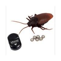 面白い電子赤外線リモコン昆虫ガジェットrc antゴキブリスパイダー悪ふざけおもちゃ男の子用トリックボードゲームのための大