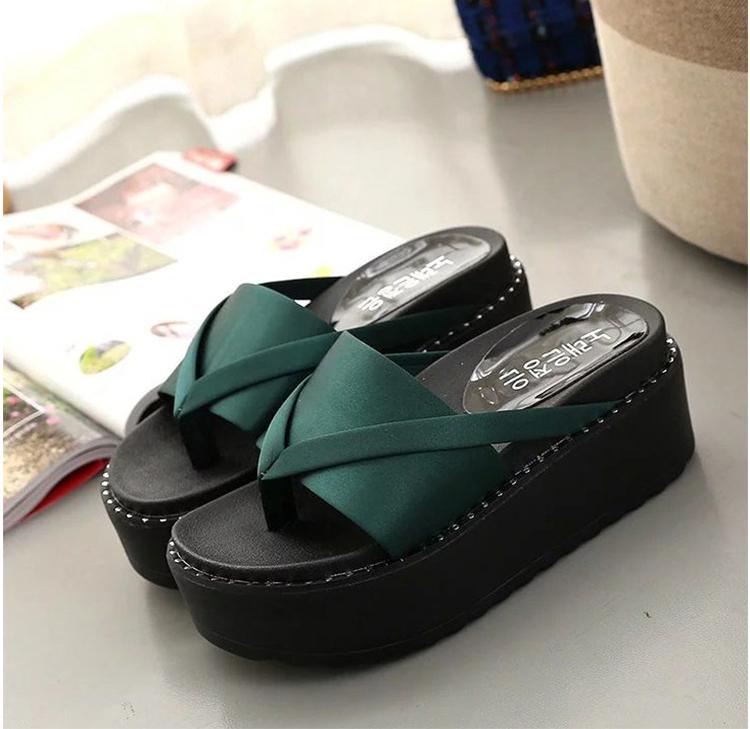 green-high-heel-slipper_04