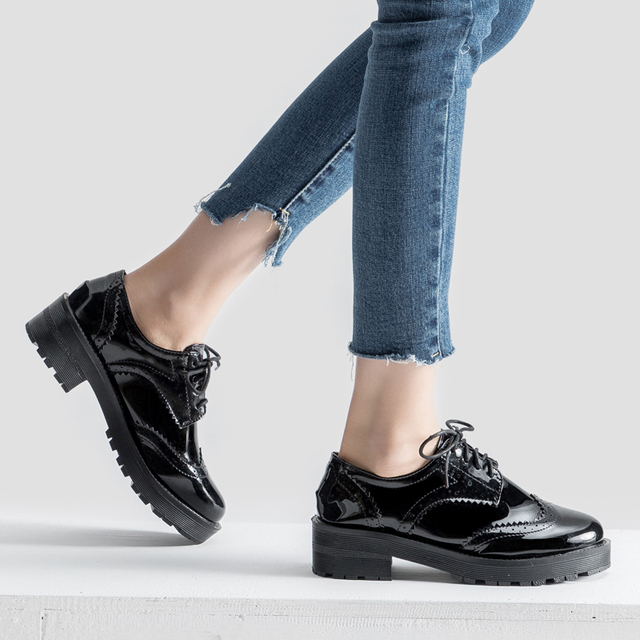 b85f33dc62898 Teahoo British Style Oxford Shoes for Women Lace up Patent Leather Shoes  Woman Flat Leather Brogues