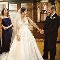 Sexy Cintas de Espaguete Uma linha de Tafetá Vestido de Casamento Romântico de Rendas Apliques 2017 vestido de casamento Tribunal Trem vestido de Noiva para Casamentos